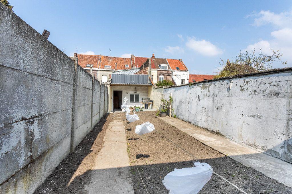 Maison à vendre 5 140m2 à Tourcoing vignette-4