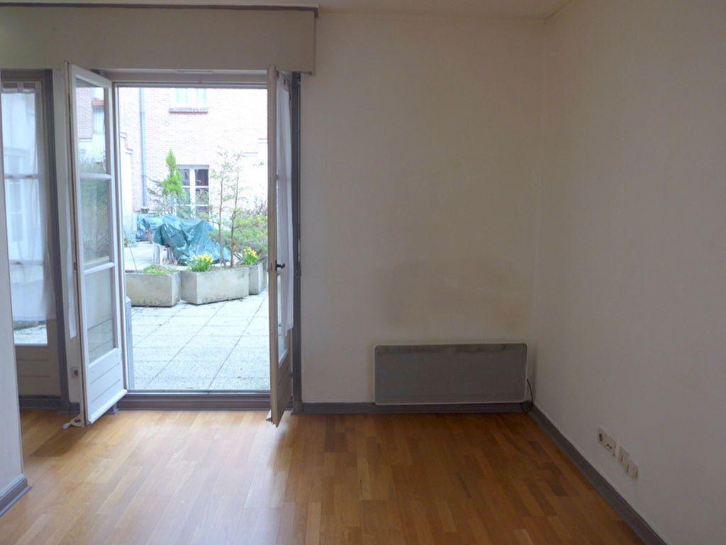 Appartement à vendre 1 26.09m2 à Lille vignette-1