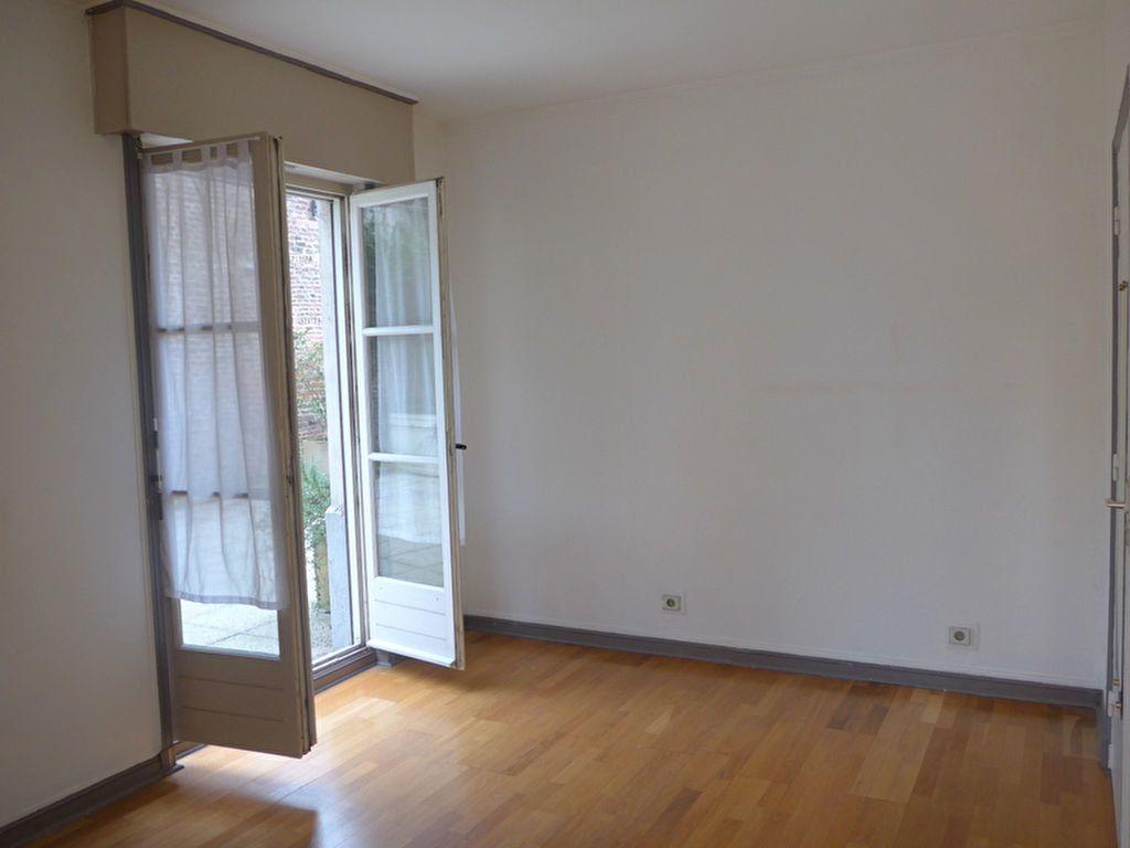 Appartement à vendre 1 26.09m2 à Lille vignette-2