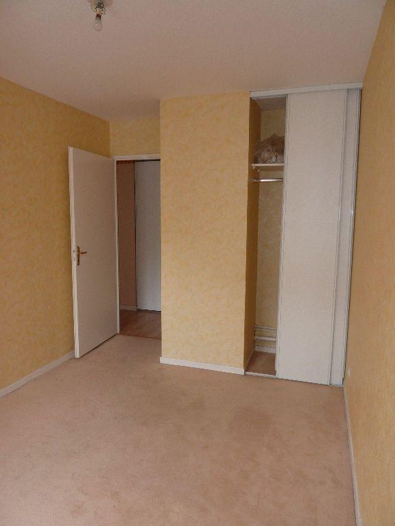 Appartement à louer 2 49.9m2 à Lille vignette-4