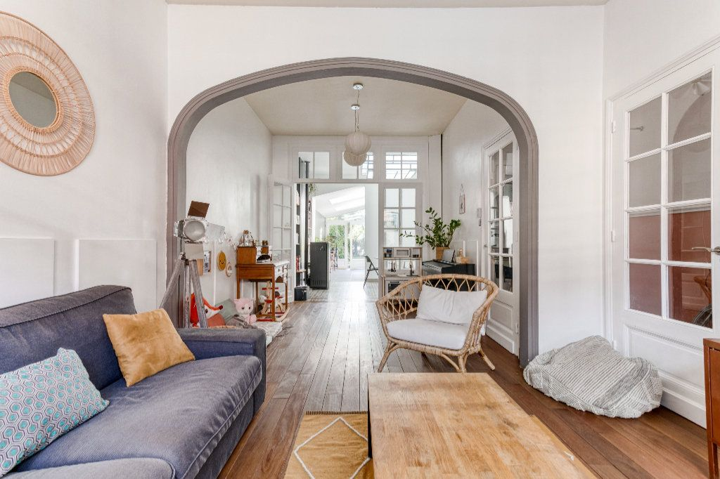 Maison à vendre 5 130m2 à Tourcoing vignette-1