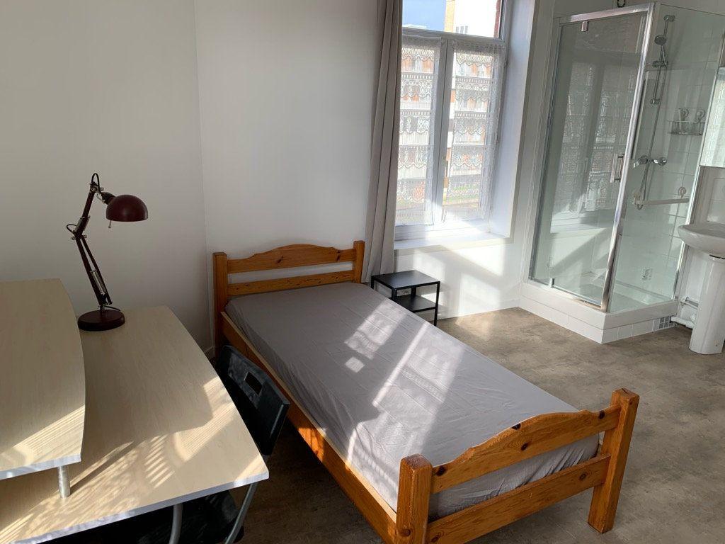 Appartement à louer 1 15m2 à Lille vignette-4