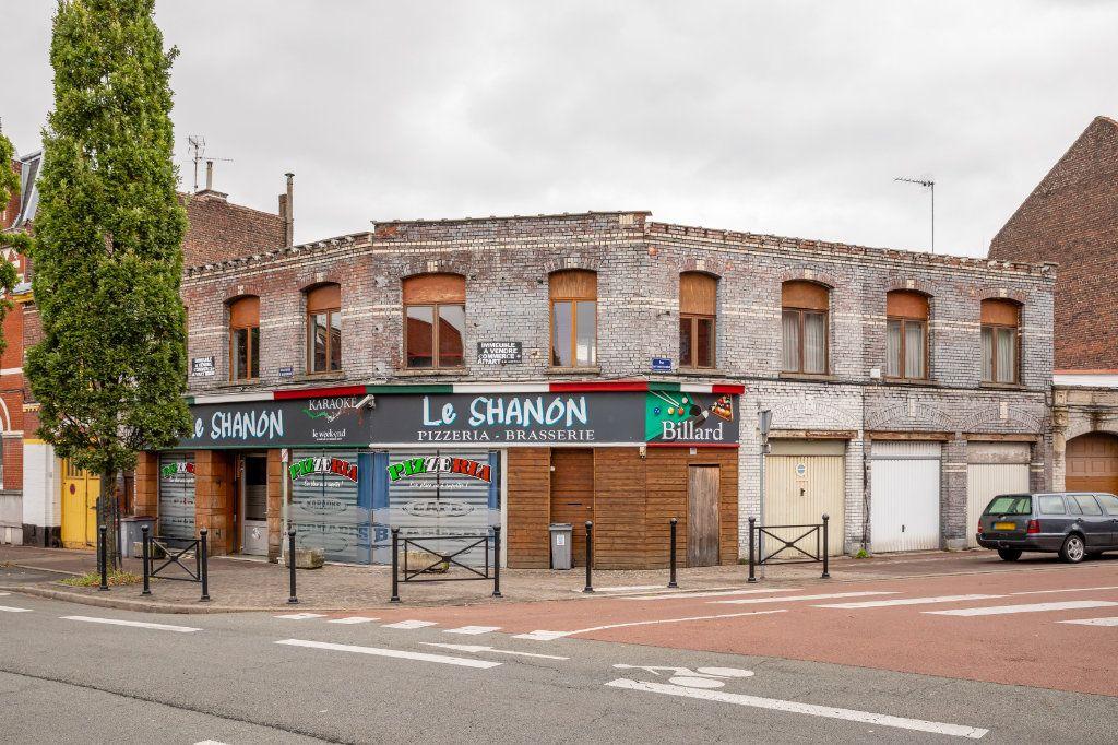 Immeuble à vendre 0 331m2 à Roubaix vignette-2
