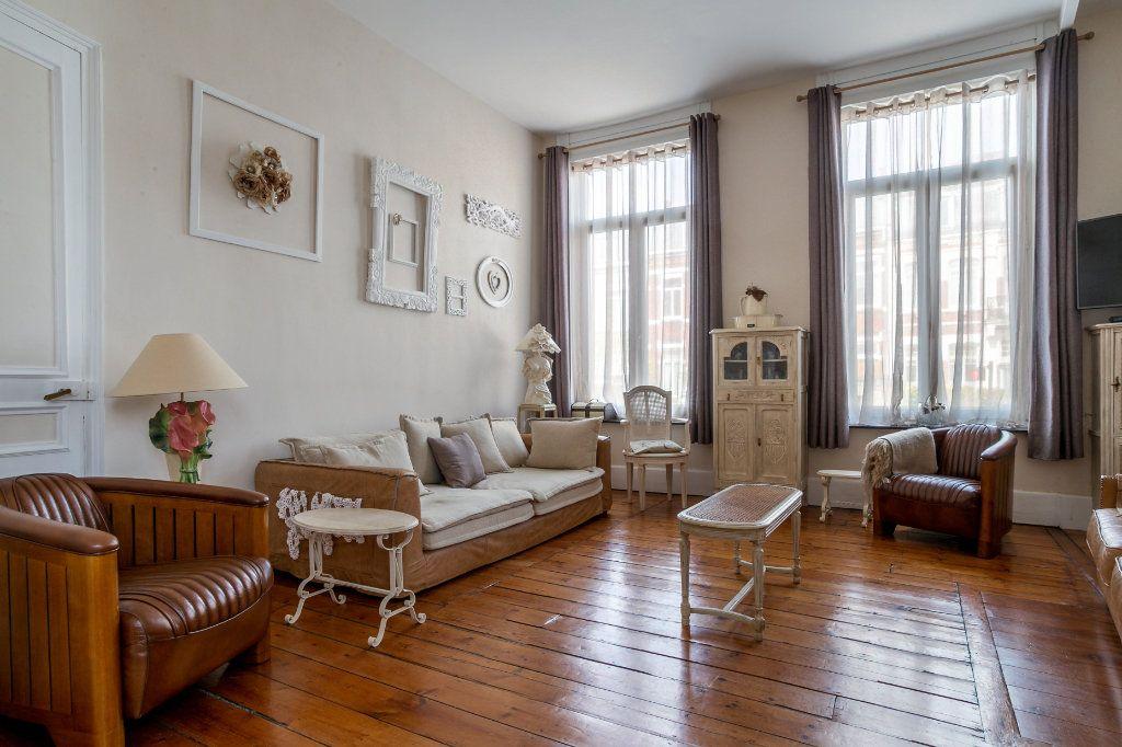 Maison à vendre 5 125.91m2 à Mons-en-Baroeul vignette-4
