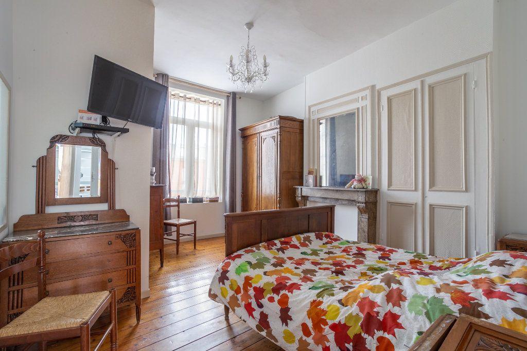 Maison à vendre 5 125.91m2 à Mons-en-Baroeul vignette-6