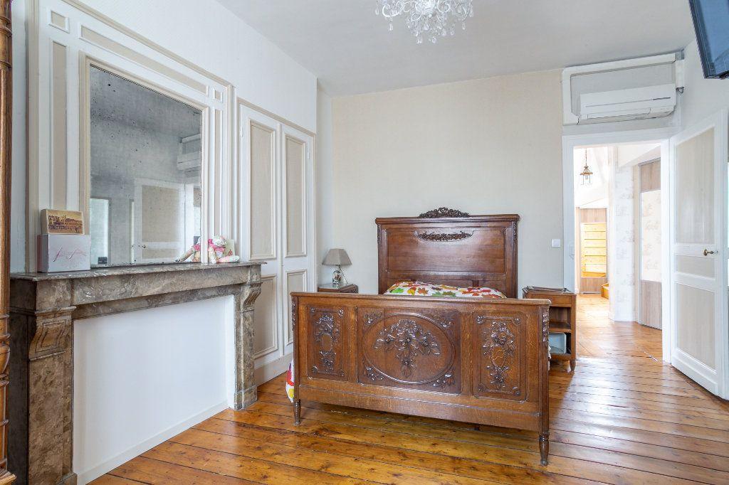 Maison à vendre 5 125.91m2 à Mons-en-Baroeul vignette-7