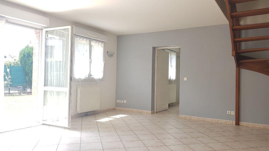 Maison à louer 5 95m2 à Tourcoing vignette-3