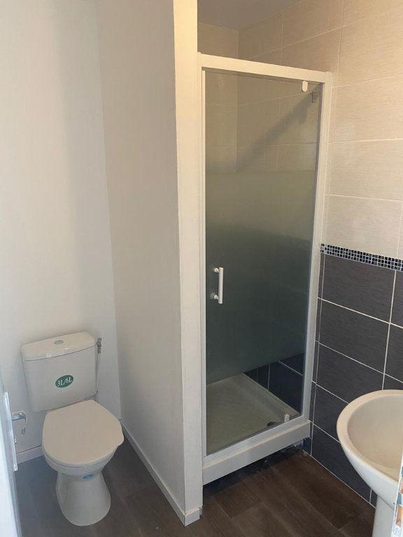 Appartement à louer 1 9.97m2 à Tourcoing vignette-6