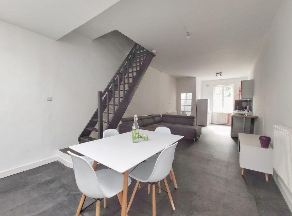 Maison à louer 5 83.29m2 à Tourcoing vignette-1