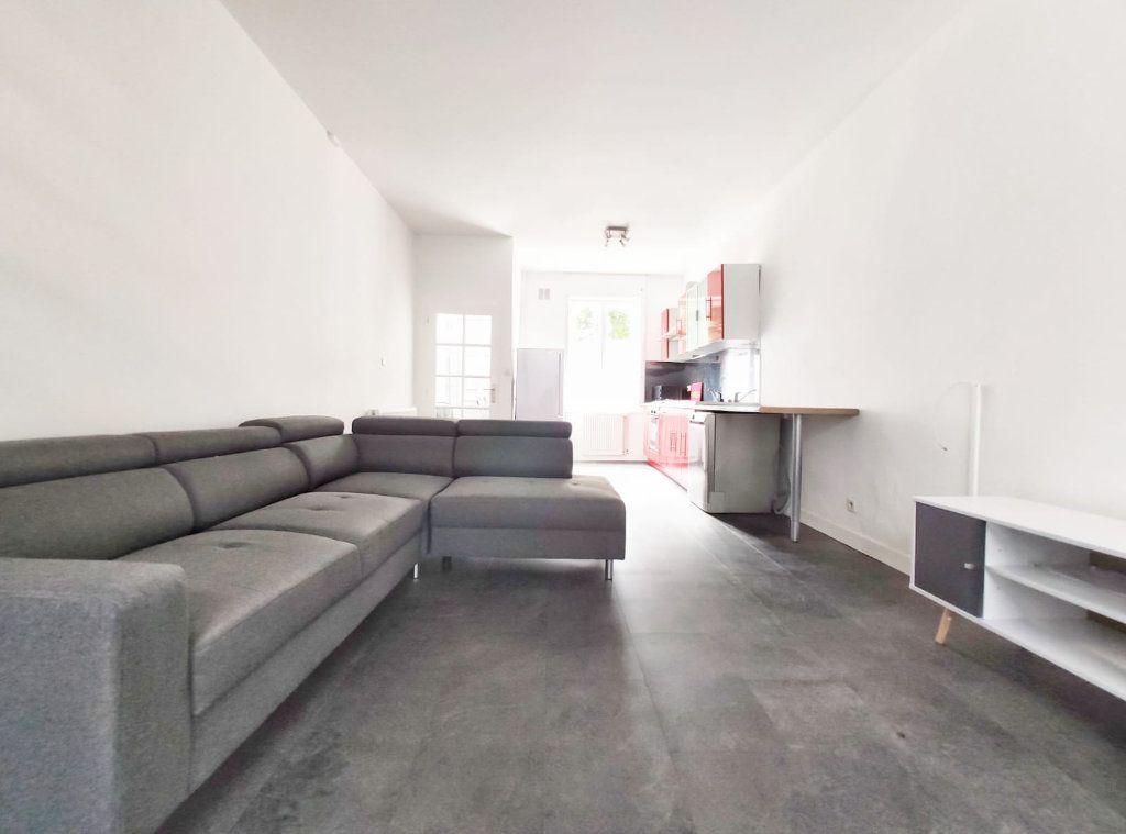 Maison à louer 5 83.29m2 à Tourcoing vignette-2