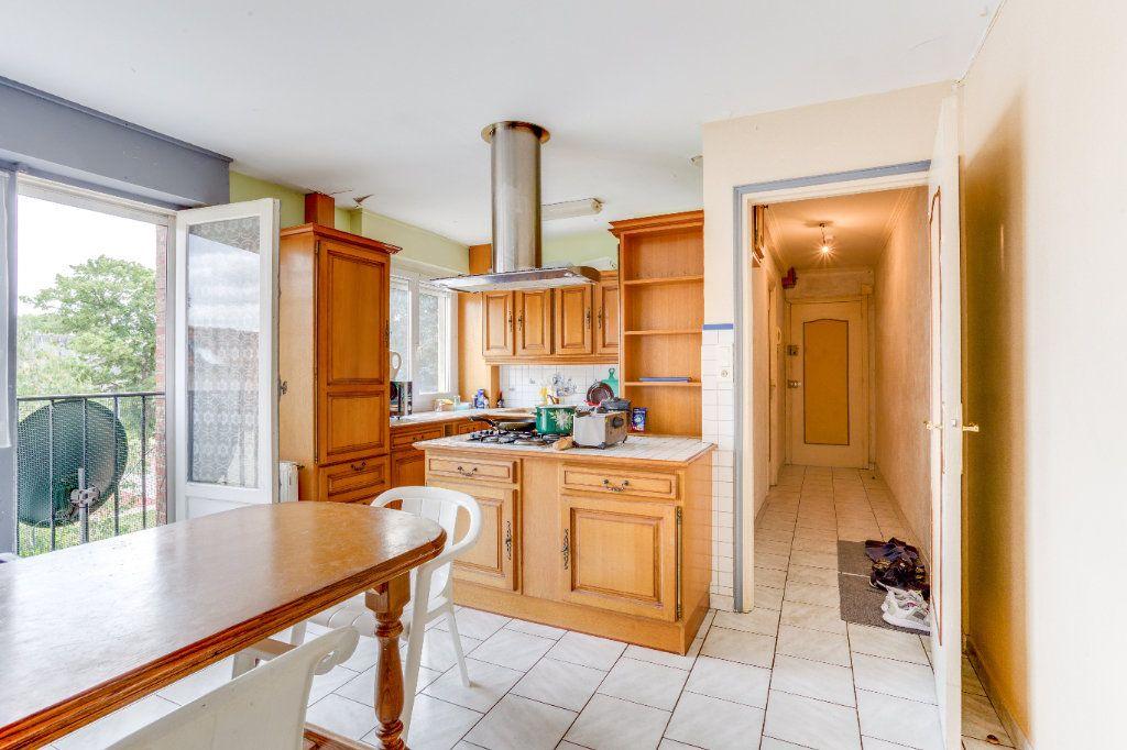 Appartement à vendre 3 75m2 à Lille vignette-1