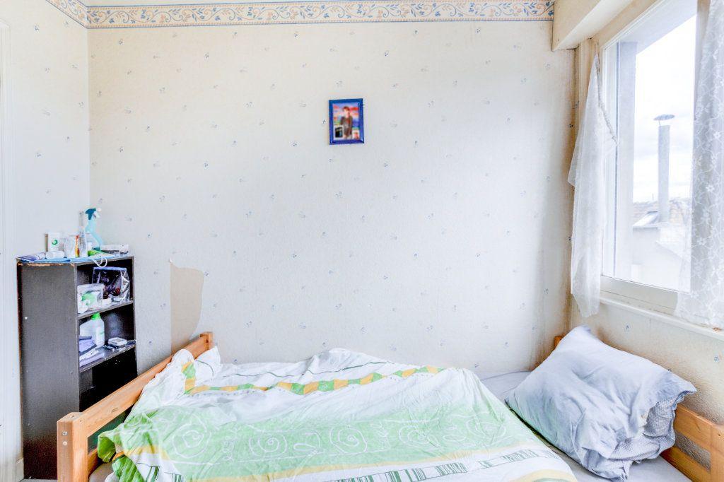 Appartement à vendre 3 75m2 à Lille vignette-4