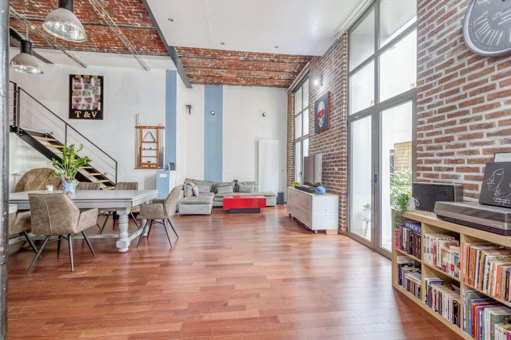 Appartement à vendre 4 131.5m2 à Tourcoing vignette-5