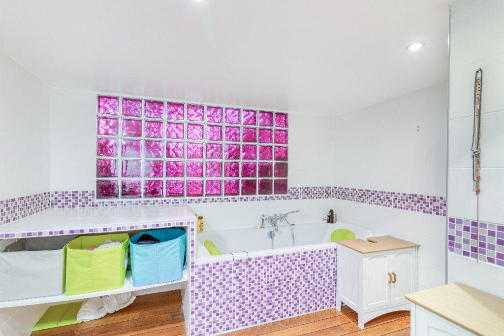 Appartement à vendre 4 131.5m2 à Tourcoing vignette-8