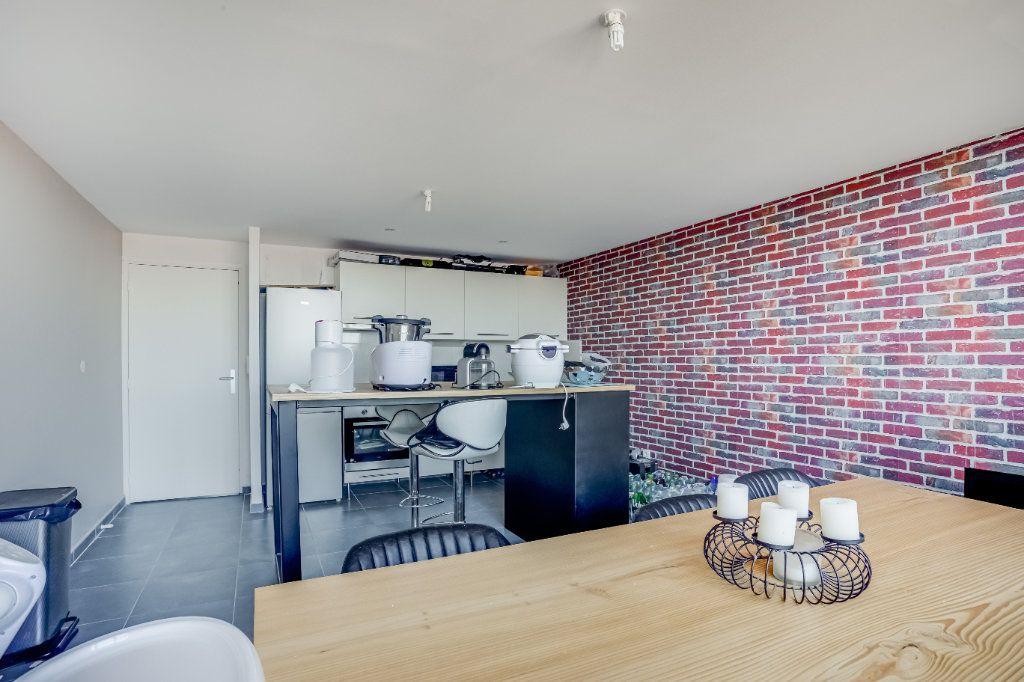 Appartement à vendre 4 87.82m2 à Tourcoing vignette-5