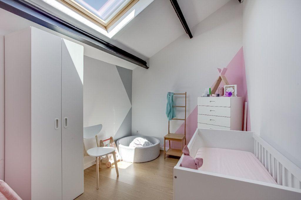 Appartement à vendre 4 87.82m2 à Tourcoing vignette-9