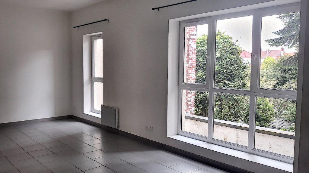 Appartement à vendre 4 93.7m2 à Tourcoing vignette-1