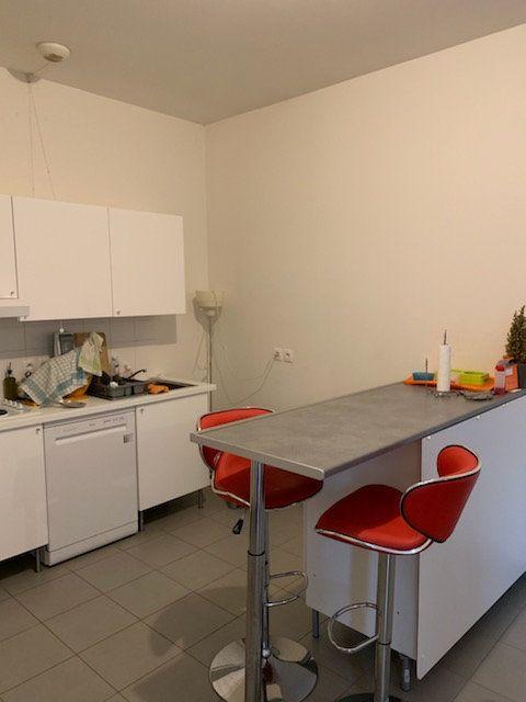 Appartement à vendre 4 93.7m2 à Tourcoing vignette-9