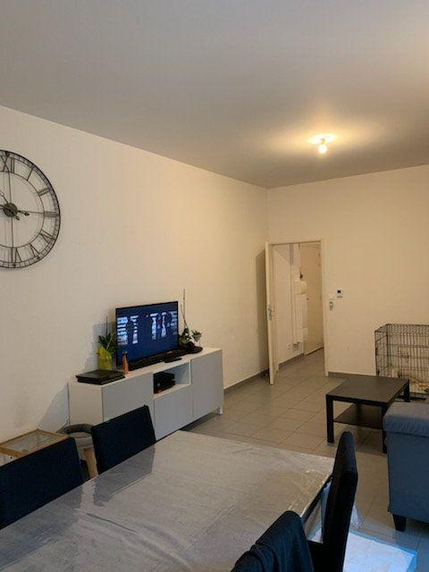 Appartement à vendre 4 93.7m2 à Tourcoing vignette-10