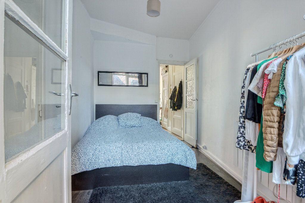 Appartement à vendre 2 42.76m2 à Lille vignette-4