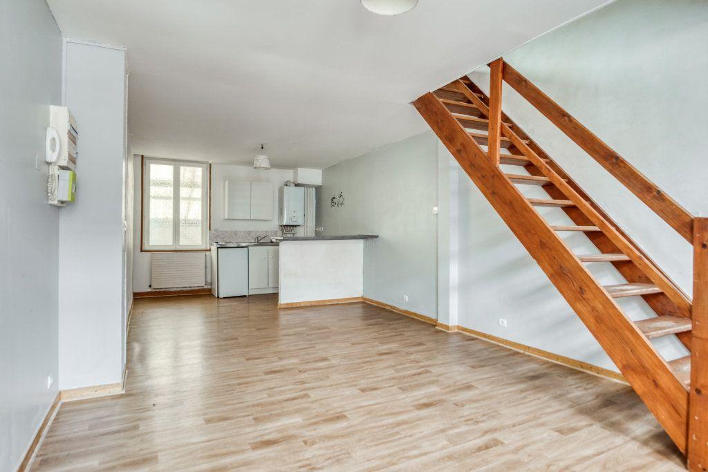 Appartement à vendre 3 56m2 à Faches-Thumesnil vignette-1