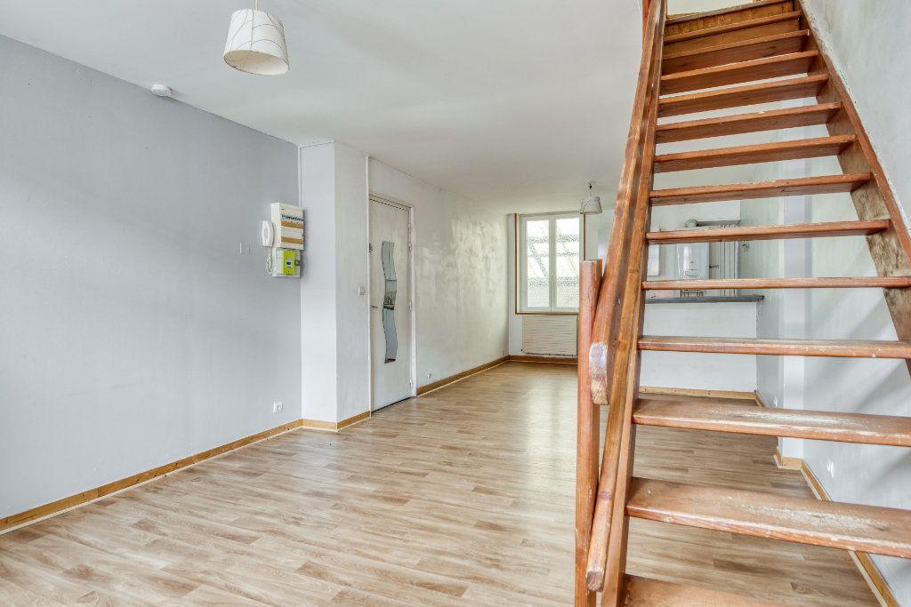 Appartement à vendre 3 56m2 à Faches-Thumesnil vignette-3