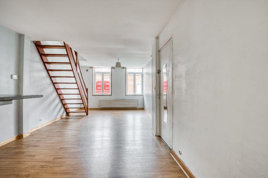 Appartement à vendre 3 56m2 à Faches-Thumesnil vignette-4
