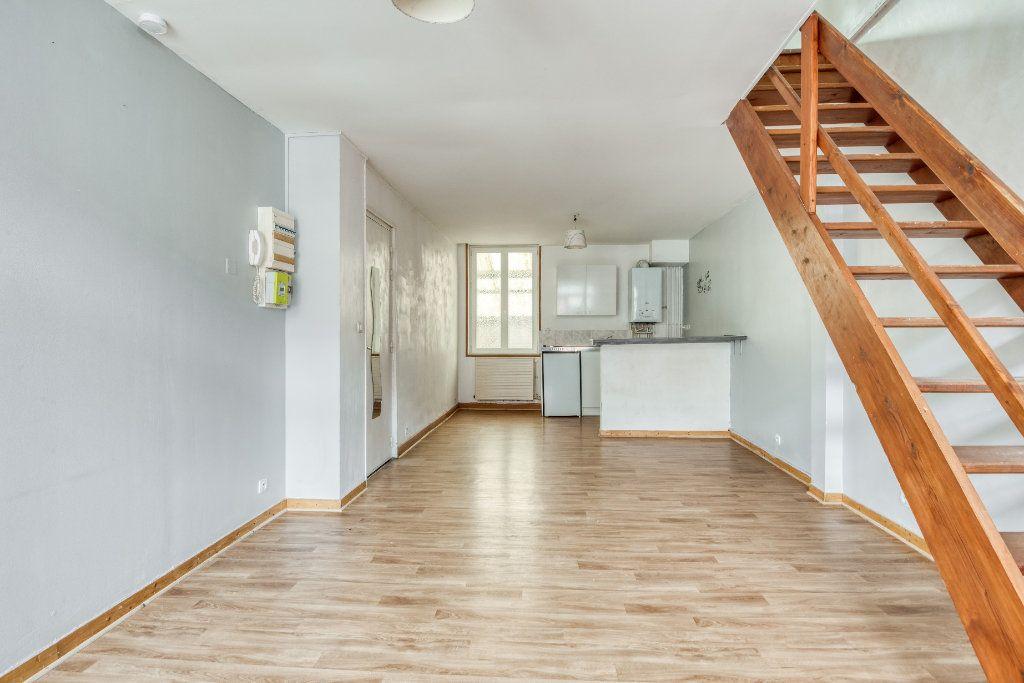 Appartement à vendre 3 56m2 à Faches-Thumesnil vignette-8