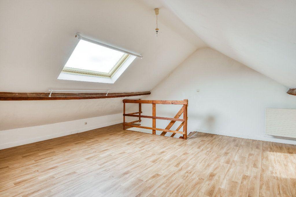 Appartement à vendre 3 56m2 à Faches-Thumesnil vignette-9
