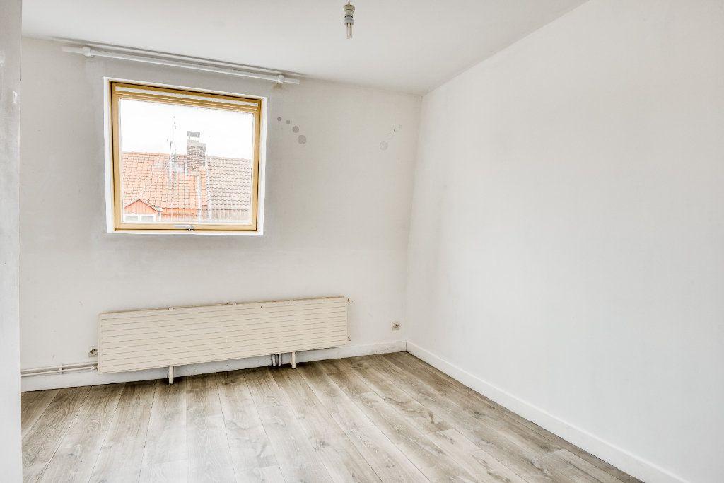 Appartement à vendre 3 56m2 à Faches-Thumesnil vignette-12