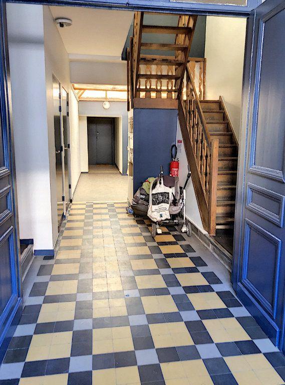 Appartement à vendre 3 56m2 à Faches-Thumesnil vignette-13