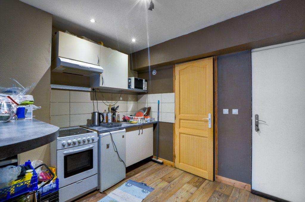 Appartement à vendre 2 47m2 à Lille vignette-1