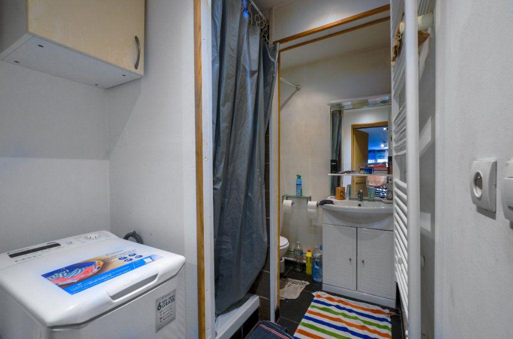 Appartement à vendre 2 47m2 à Lille vignette-4