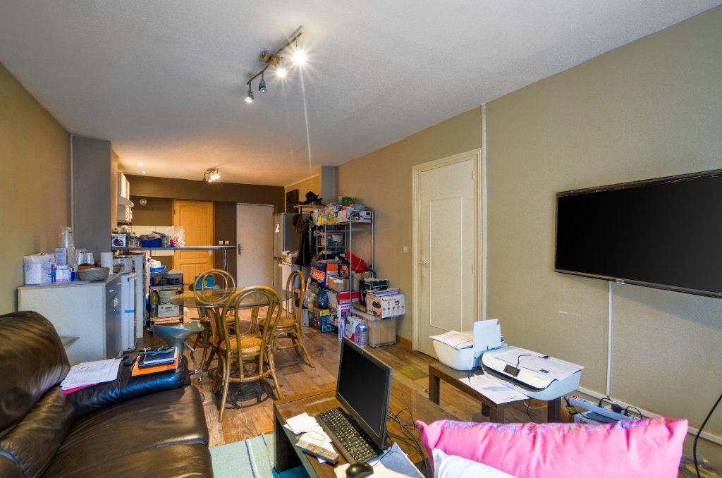 Appartement à vendre 2 47m2 à Lille vignette-7