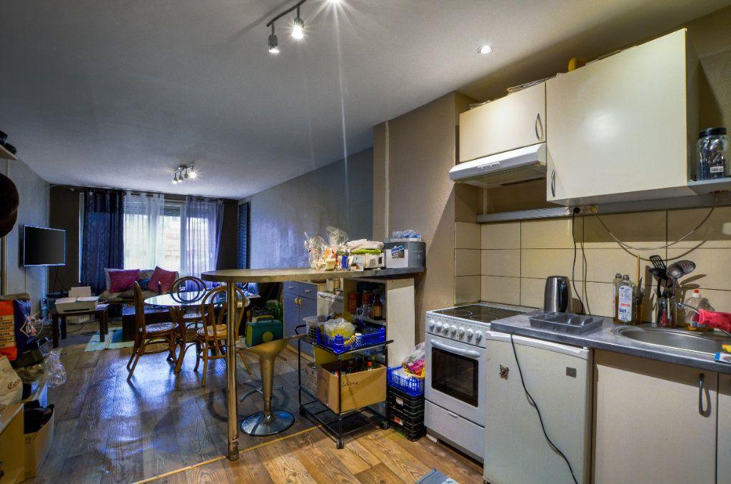 Appartement à vendre 2 47m2 à Lille vignette-8