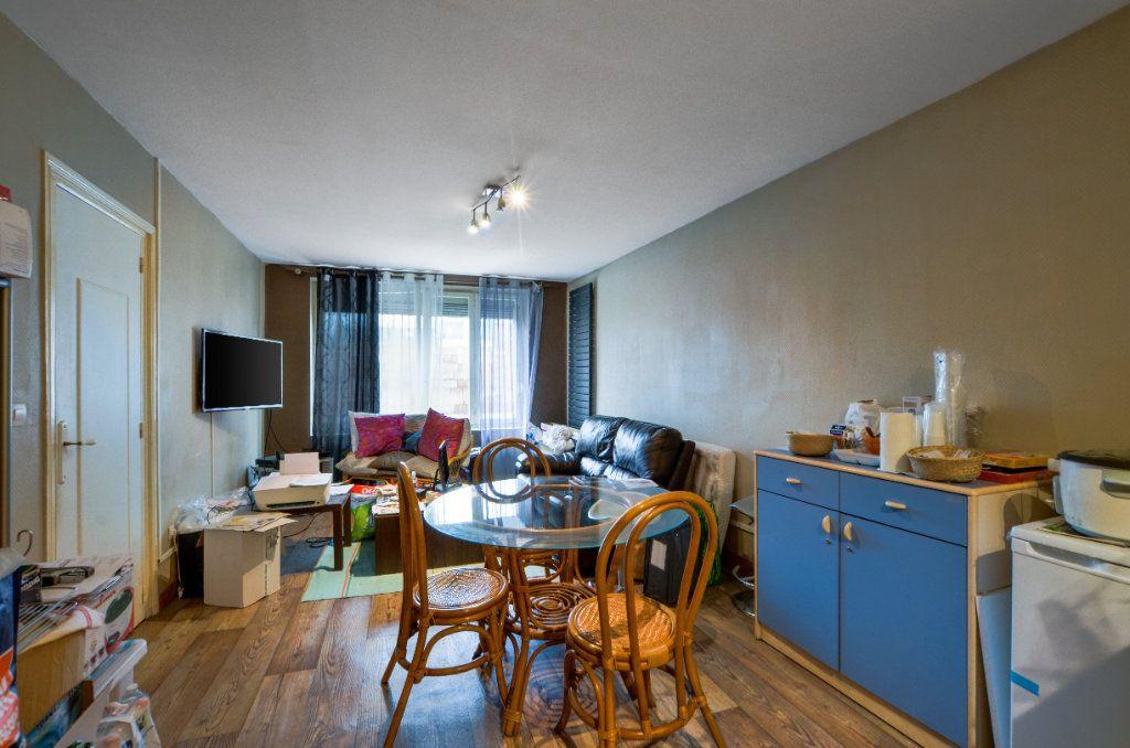 Appartement à vendre 2 47m2 à Lille vignette-10