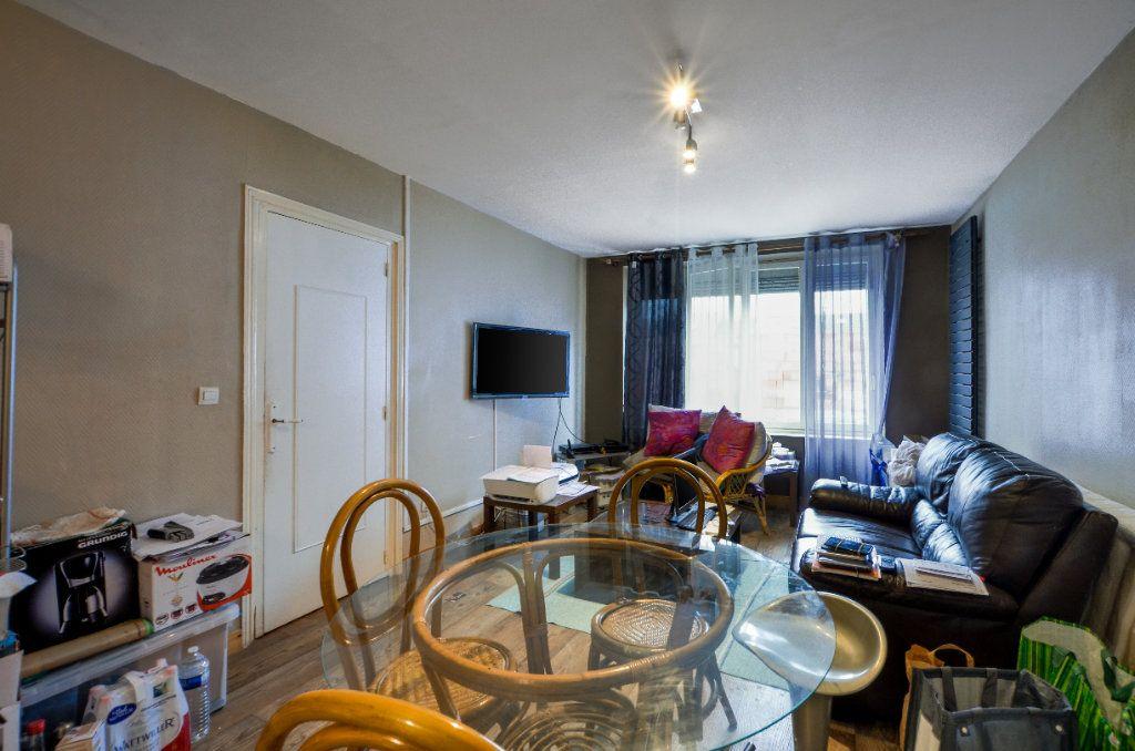Appartement à vendre 2 47m2 à Lille vignette-11