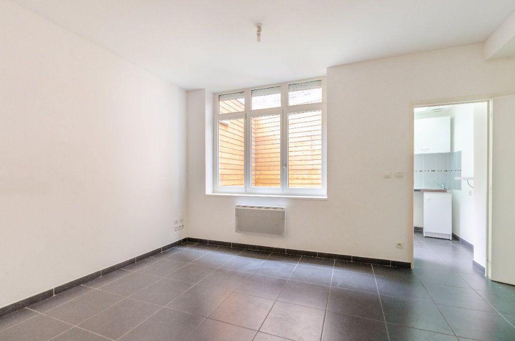 Appartement à vendre 1 24.71m2 à Lille vignette-1