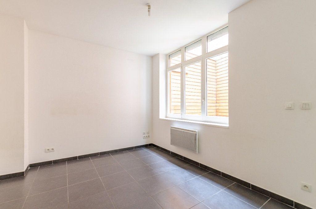 Appartement à vendre 1 24.71m2 à Lille vignette-4