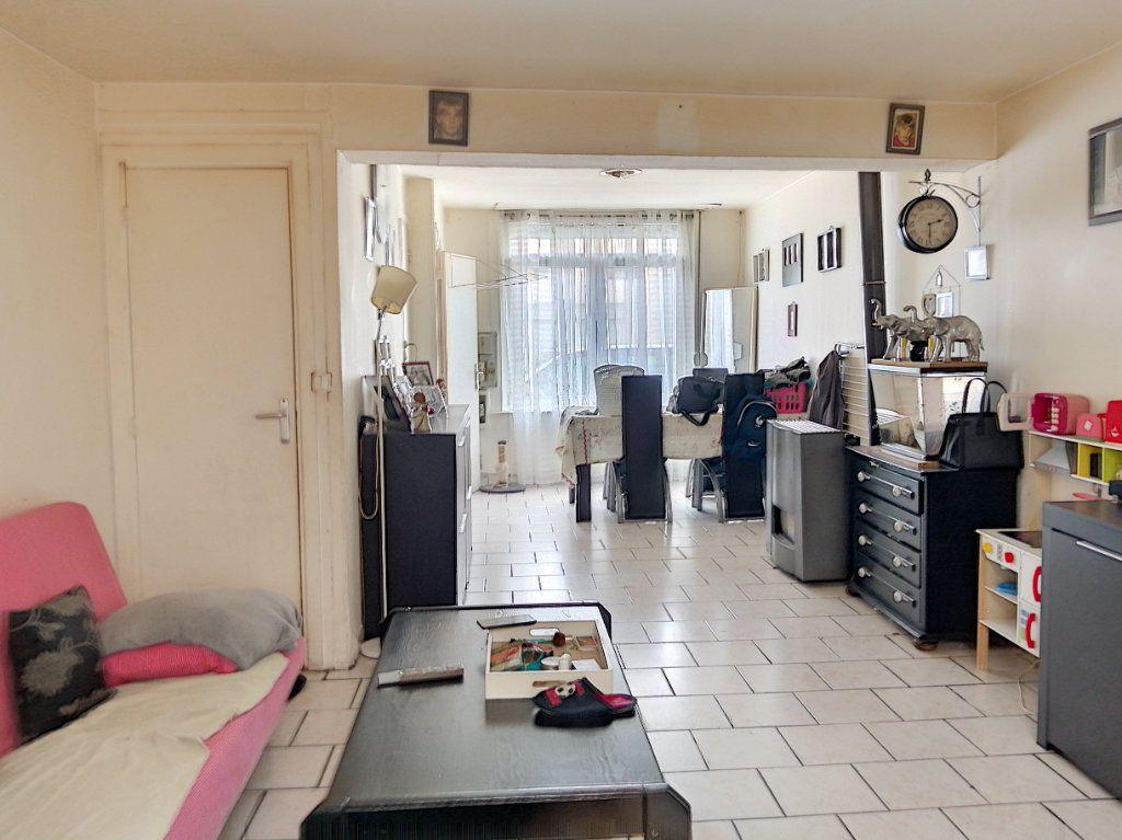 Maison à vendre 4 85.89m2 à Roubaix vignette-1