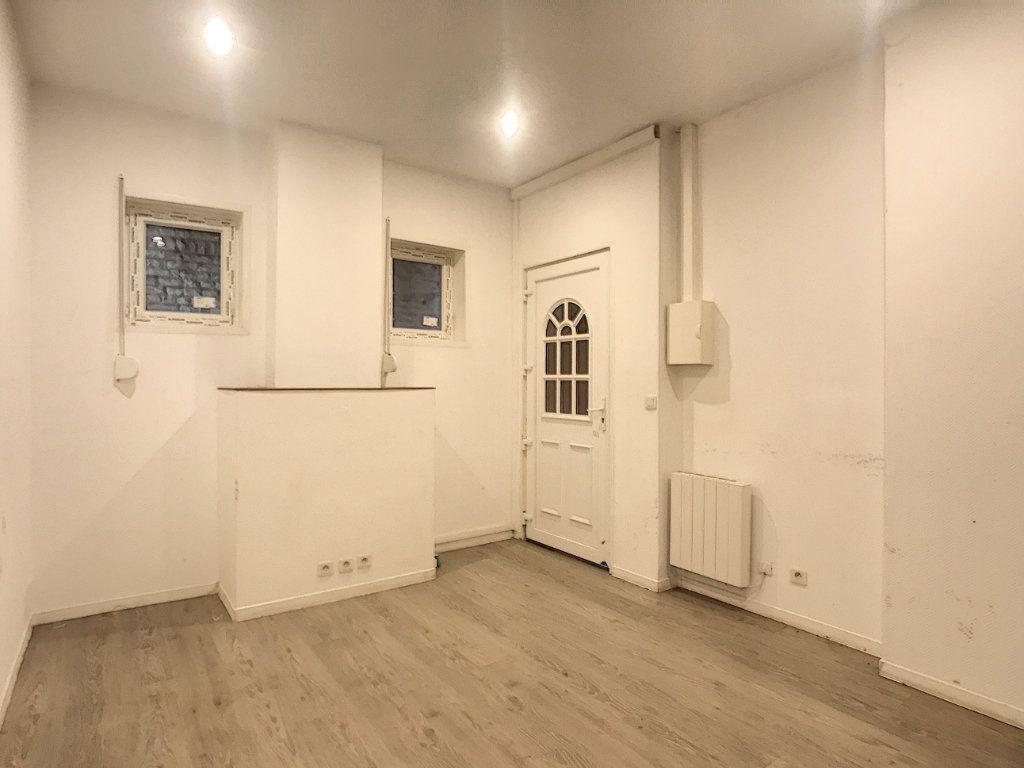 Appartement à louer 3 41.46m2 à Lille vignette-7