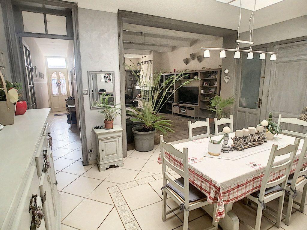 Maison à vendre 5 180m2 à Tourcoing vignette-2