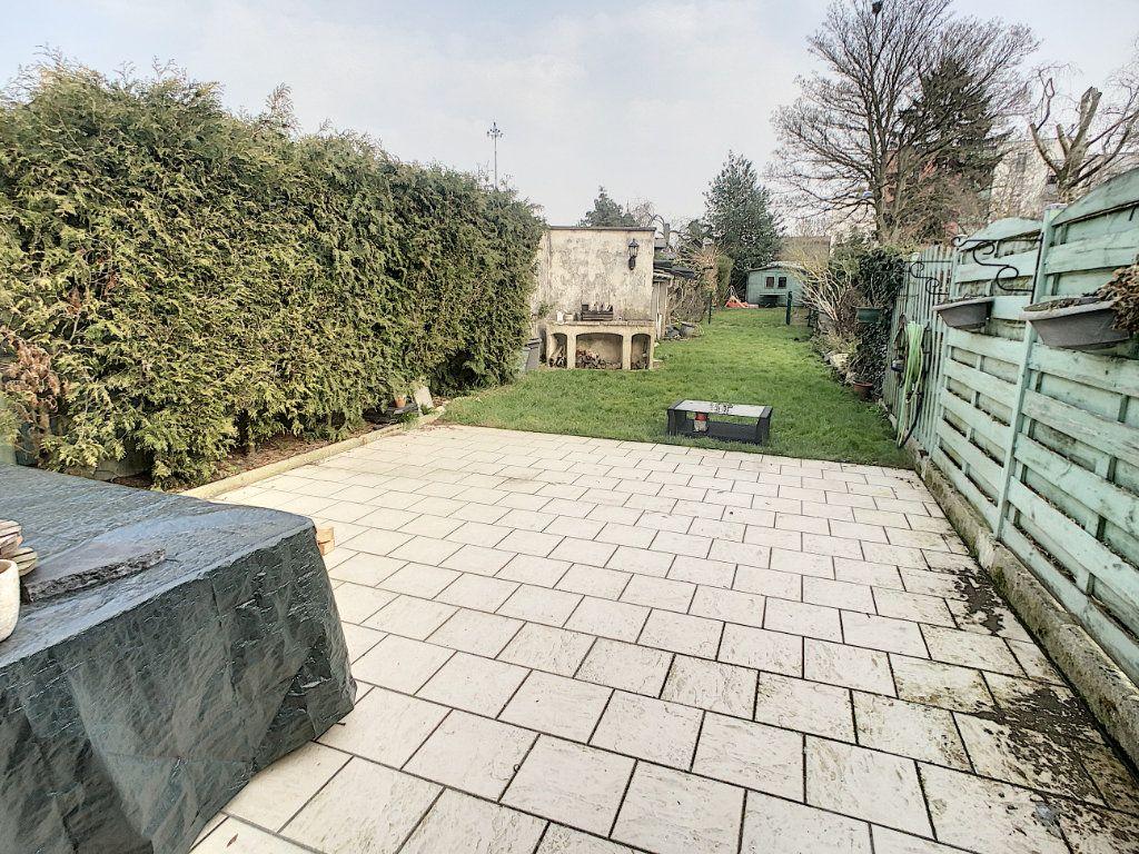 Maison à vendre 5 180m2 à Tourcoing vignette-3