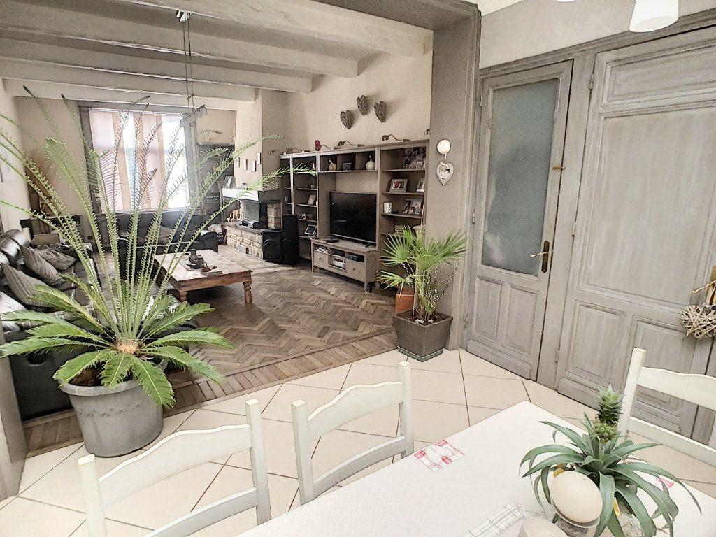 Maison à vendre 5 180m2 à Tourcoing vignette-4