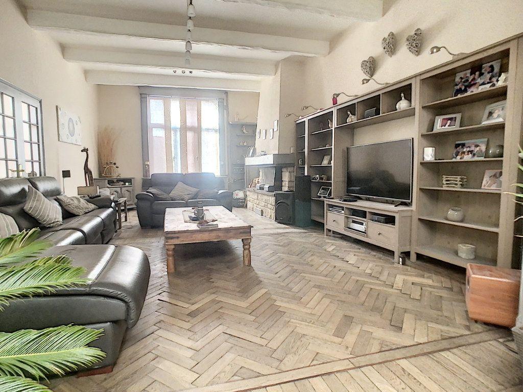 Maison à vendre 5 180m2 à Tourcoing vignette-5