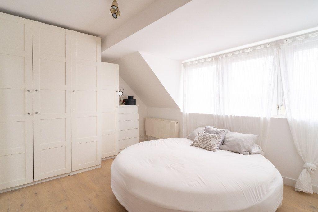 Maison à vendre 4 105m2 à Lille vignette-8