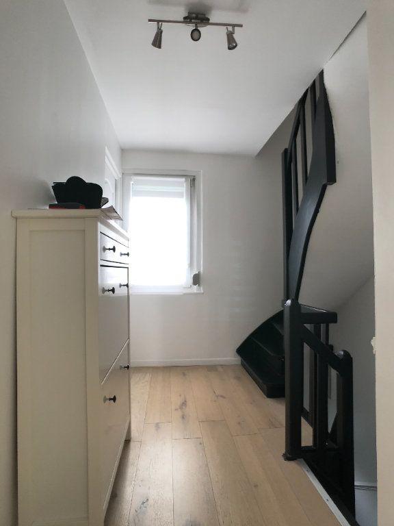 Maison à vendre 4 105m2 à Lille vignette-13