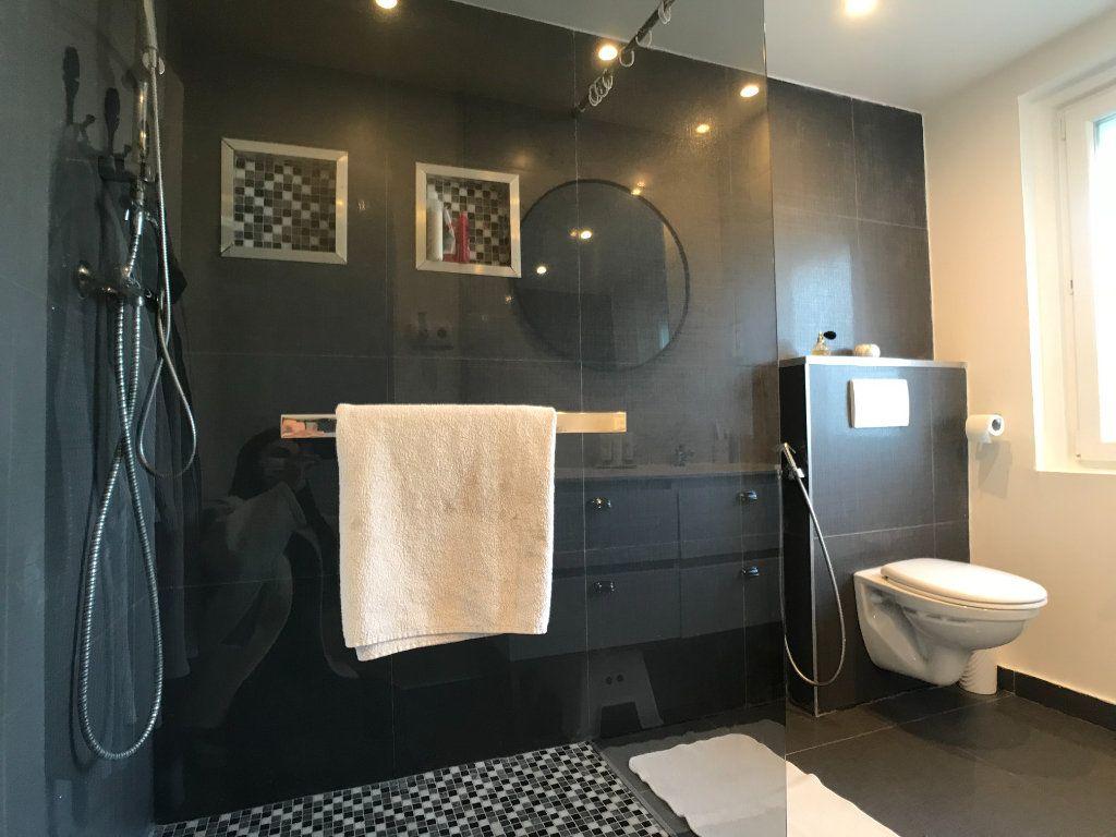 Maison à vendre 4 105m2 à Lille vignette-16