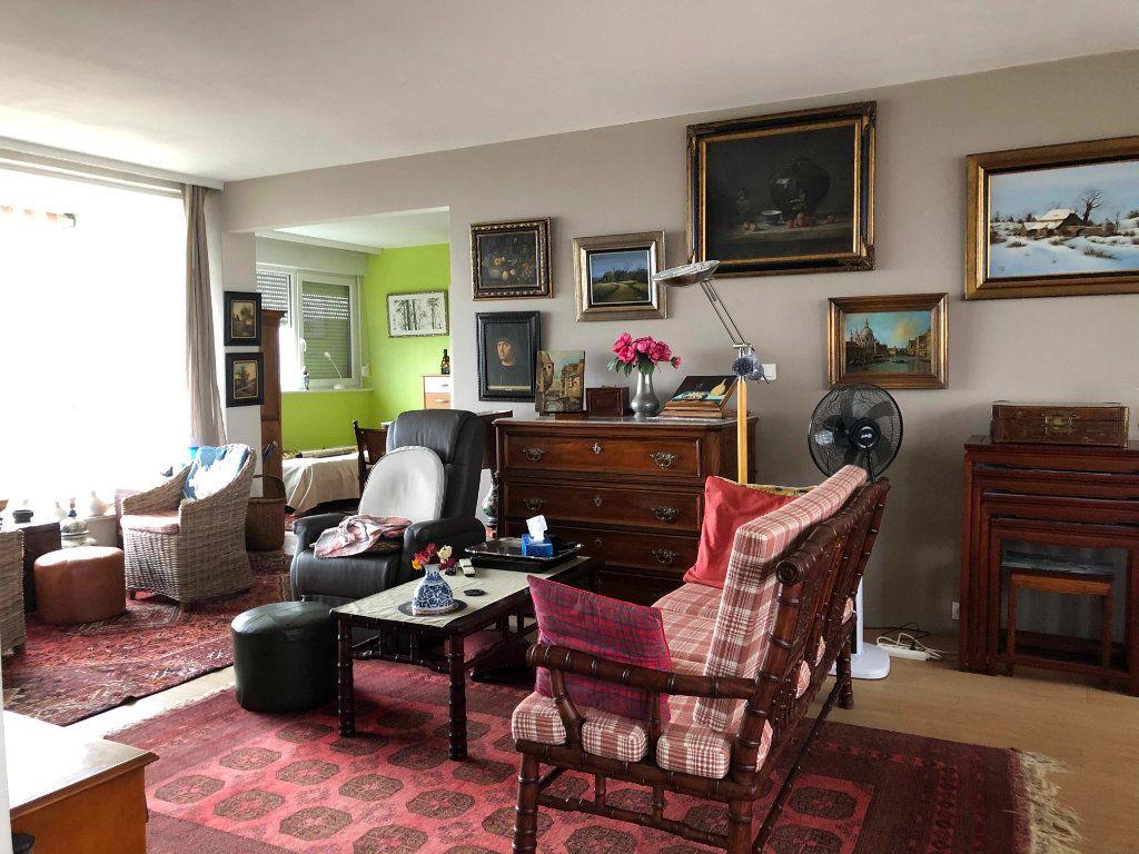 Appartement à vendre 4 118.38m2 à Roubaix vignette-8