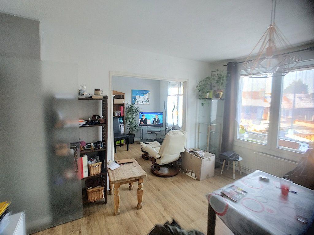 Appartement à vendre 3 69m2 à Roubaix vignette-2